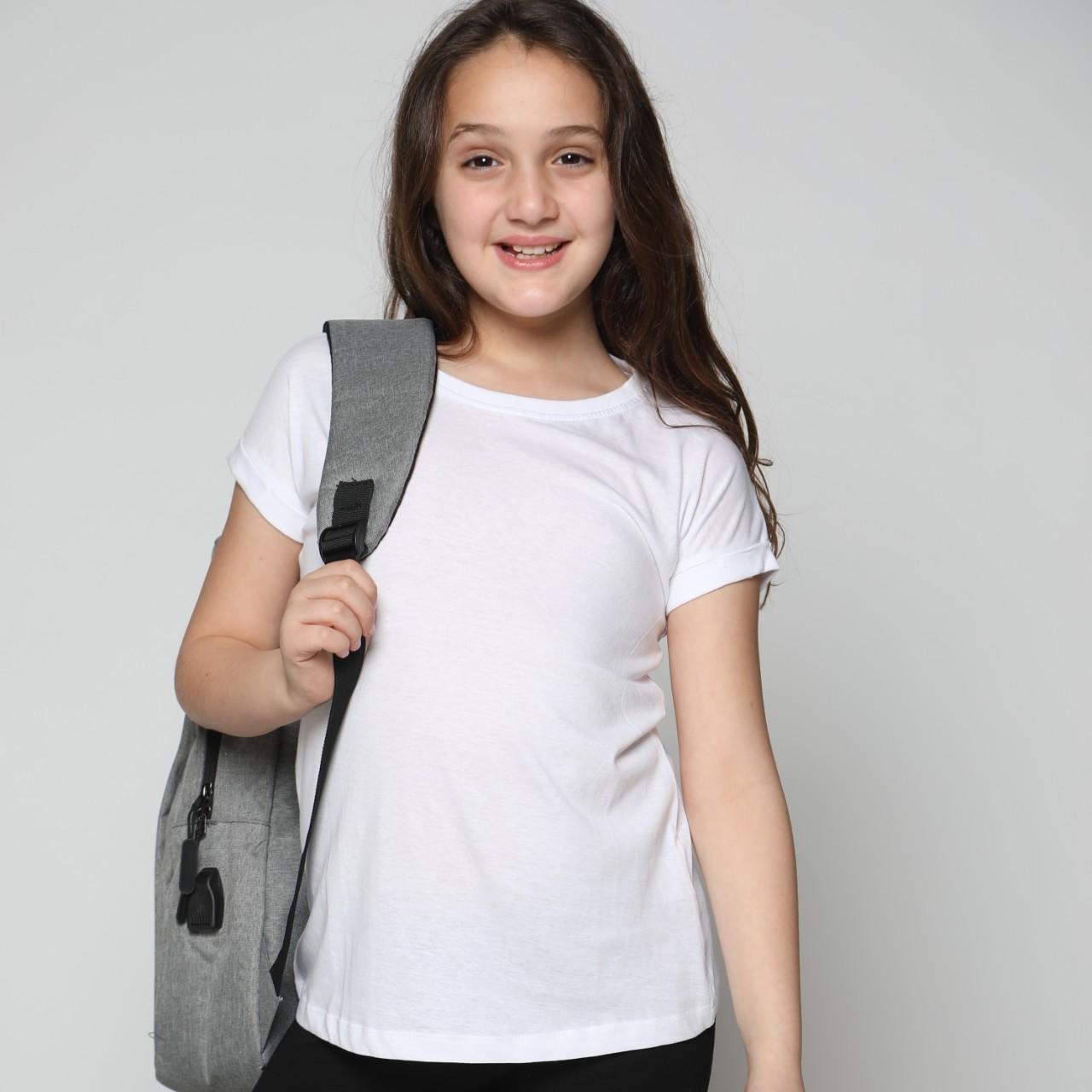חולצה בית ספר בת לבן/שחור מבצע 8 ב-99.90 ₪