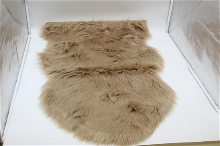 שטיחון פרווה - 60 על 90