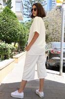סט חולצת T + מכנסיים