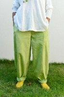 מכנסיים מדגם נור מבד קורדרוי בצבע ירוק תפוח
