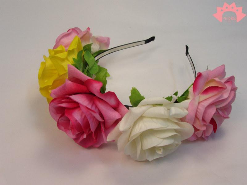 קשת זר פרחים צבעוניים גדולים לשיער ורוד, צהוב, לבן