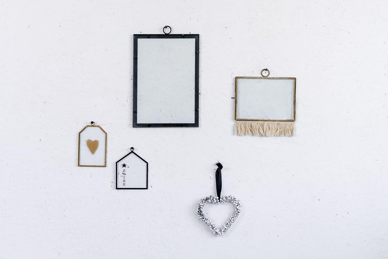 קיר מעוצב עם 5 אלמנטים שונים