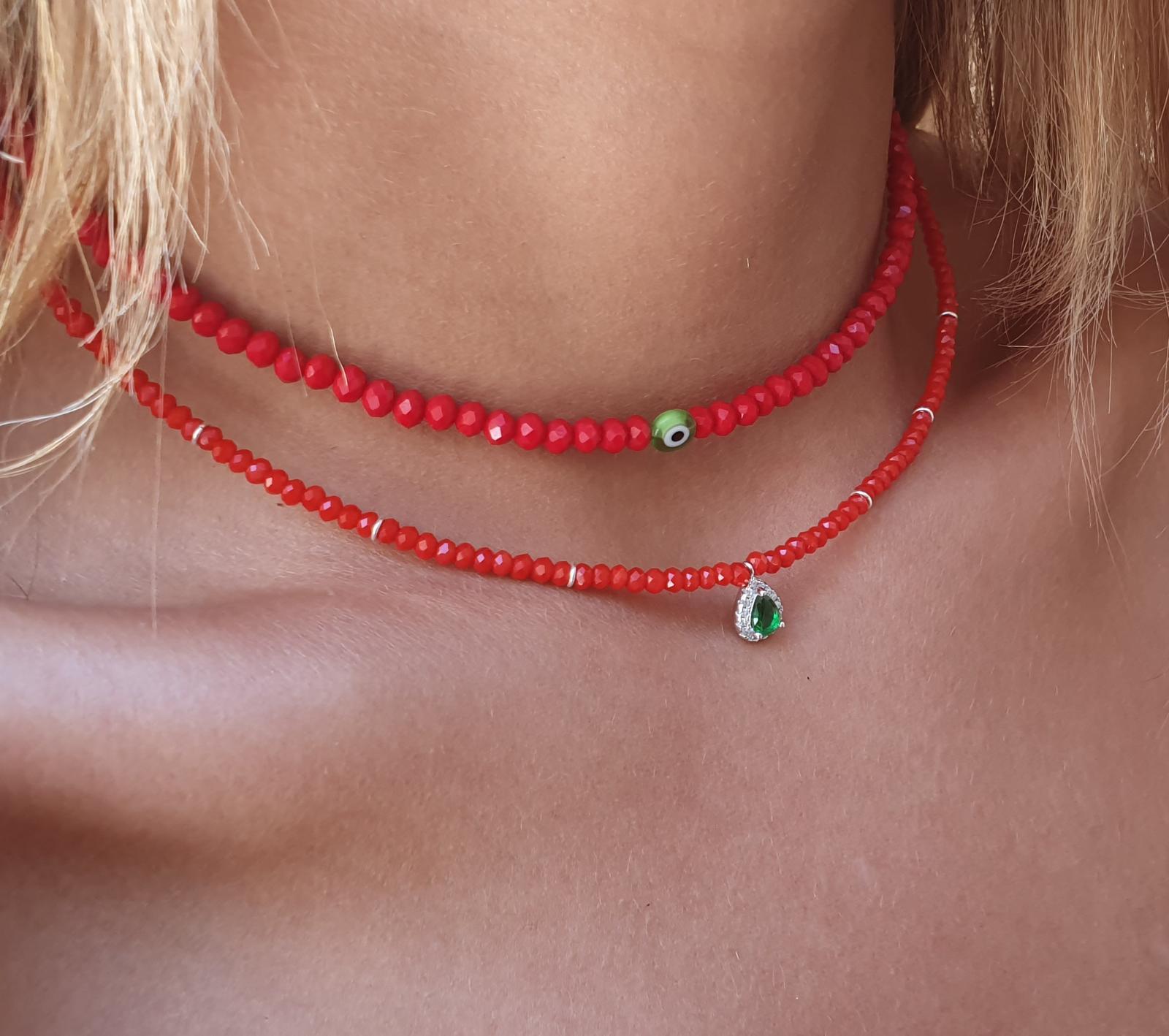 שרשרת חרוזים אדומים-טיפה ירוקה