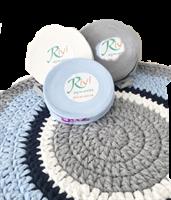 טריקו לסריגה, חוטי טריקו, חוטי טריקו מכירה סיטונאית, חוטי טריקו ייצור ושיווק, חוט טריקו לסריגת סלסלה, חוטים לסריגה שטיחים, טריקו תכלת,