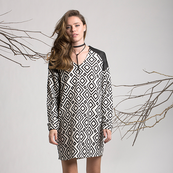 שמלת לוטוס גיאומטרי