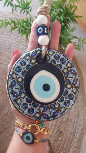 עין מעוטרת לתליה גווני כחול