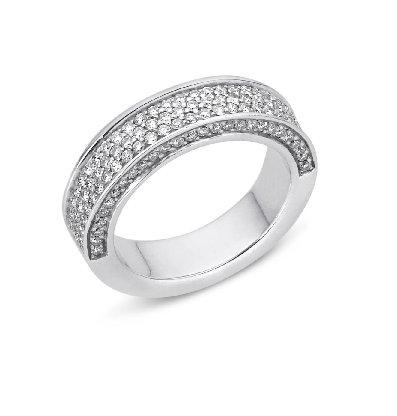 """טבעת זהב 18K """"איטרניטי"""" משובצת יהלומים 1.6 קראט"""