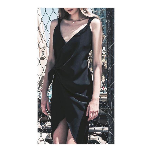 שמלת איזבל שחורה