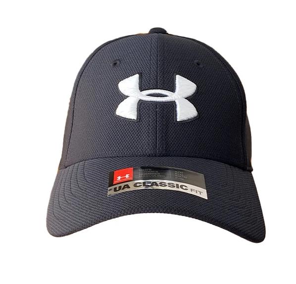 כובע UA אנדר ארמור בצבע שחור עם סמל לבן