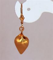 Leaf Golden dangle earrings