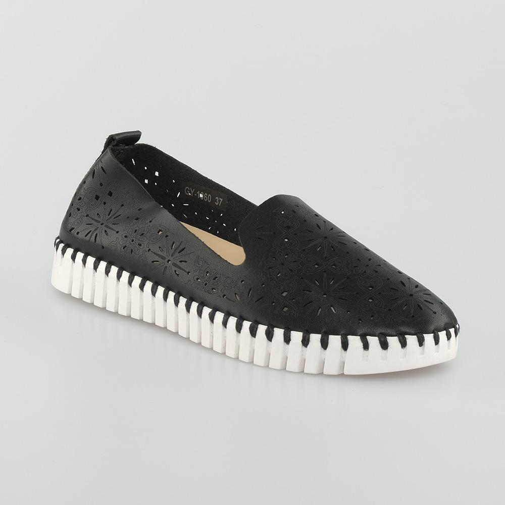נעלי נוחות אוקספורד