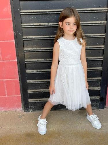 שמלת ציפקות לבנה