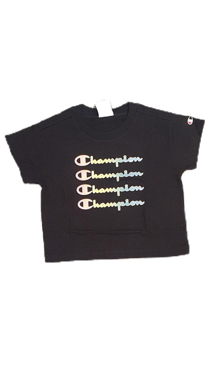 חולצת קרופ שחורה כיתוב  CHAMPION