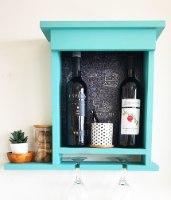 מדף יין בצבע כחול