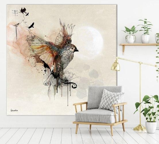 ציור גדול של ציפור עפה