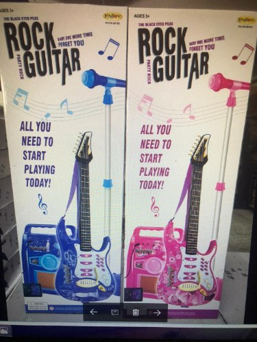 גיטרה חשמלית כחולה/ורודה+מגבר ומיקרופון