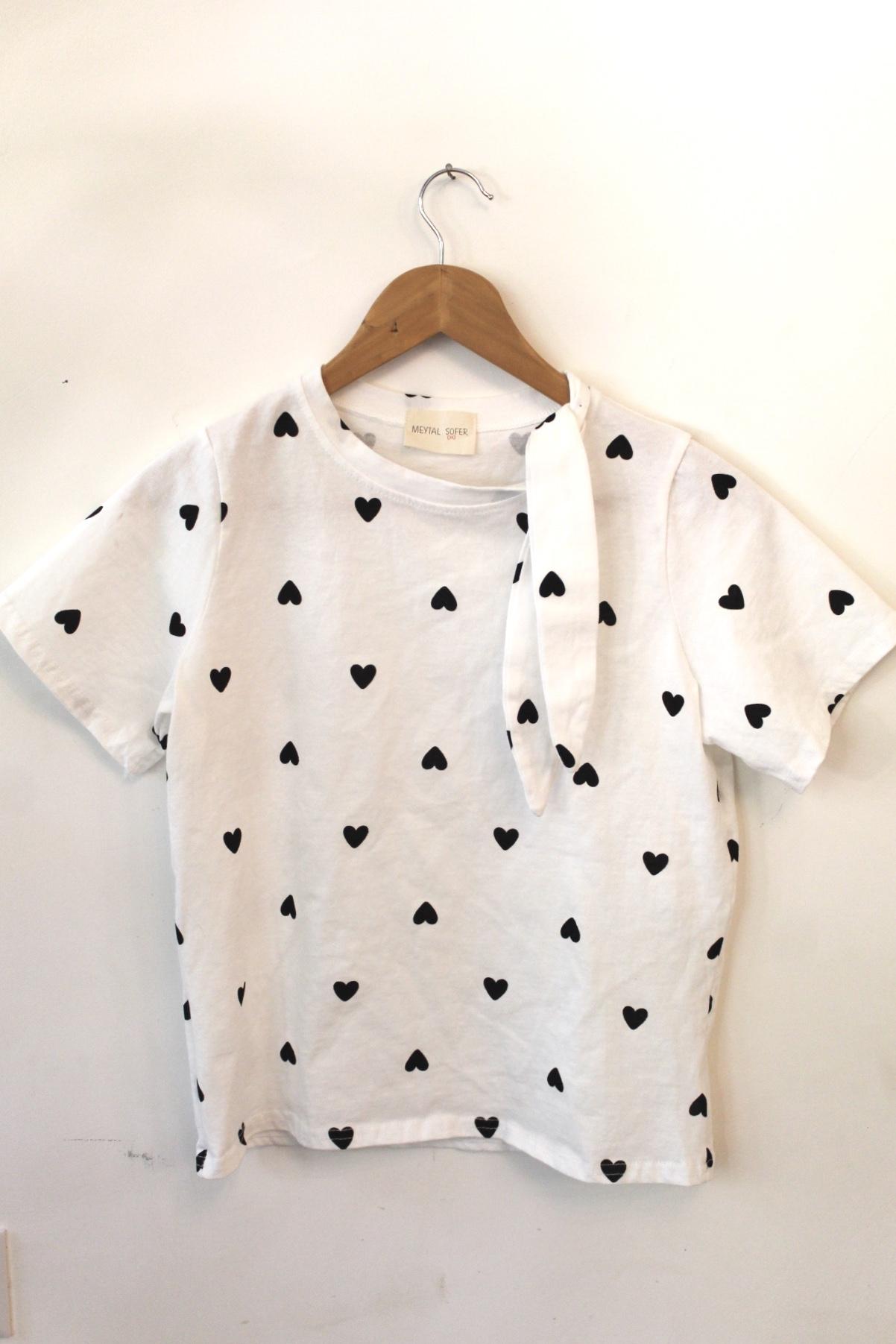 חולצת לבבות קשירה לבנה