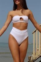 בגד ים ברזילאי לבן קרושה- תחתון גבוה קים/טופ אמה (סטרפלס)