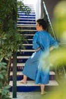 שמלה מדגם דניאלה בצבע ג׳ינס בינוני