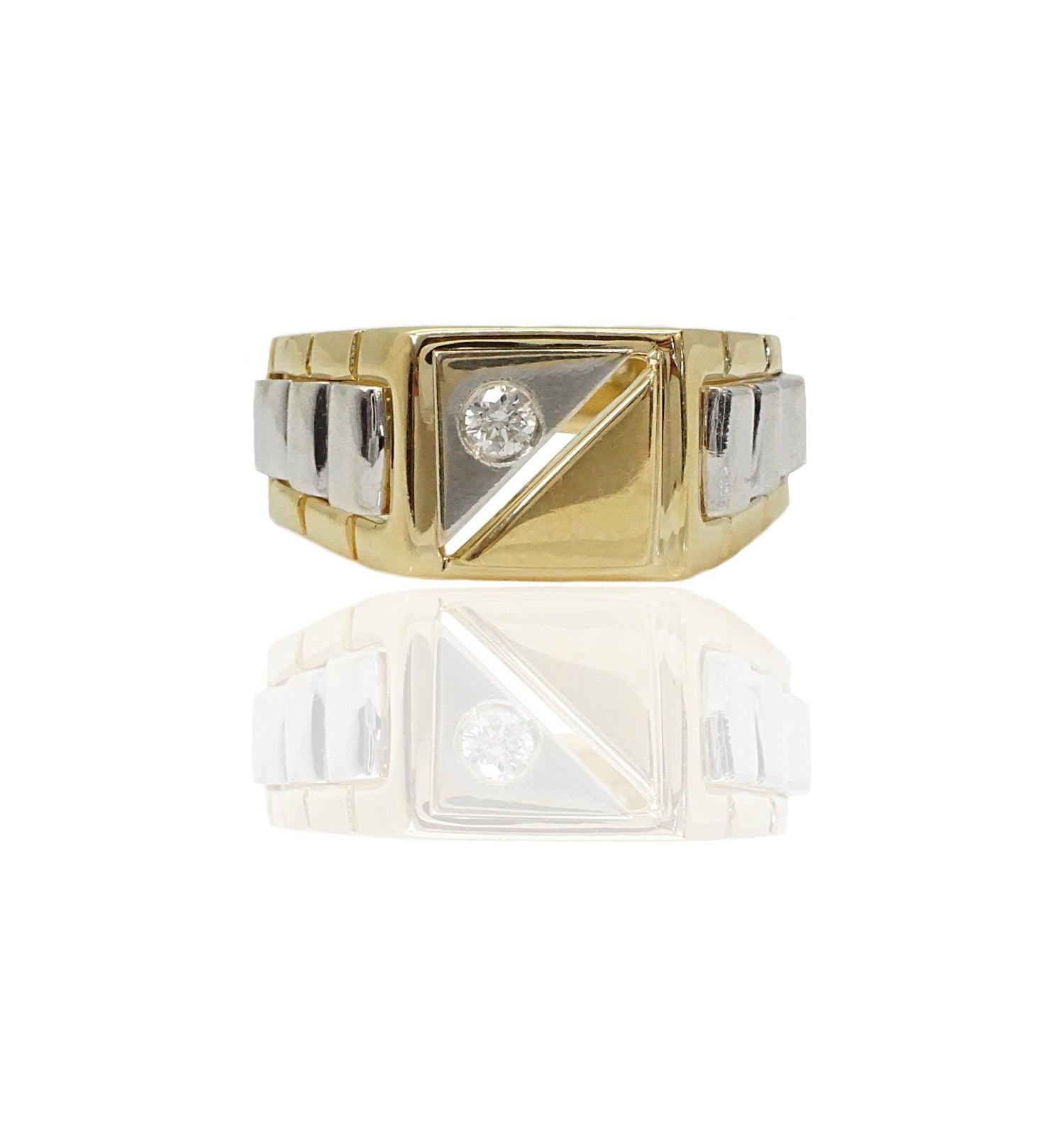 טבעת לגבר מזהב משובצת יהלום 8 נקודות