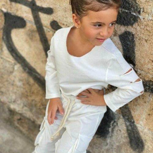 חליפה חולצת קרופ ומכנס דגמח לבן