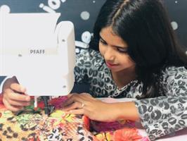 קורס  קיץ לבנות  בעיצוב אופנה תפירה