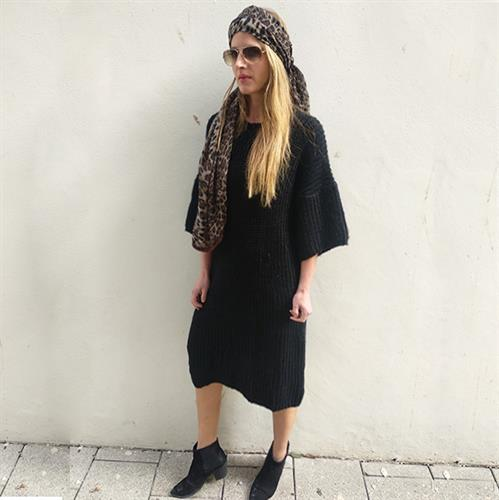 שמלת סריג (סוודר) ביאנקה שחור