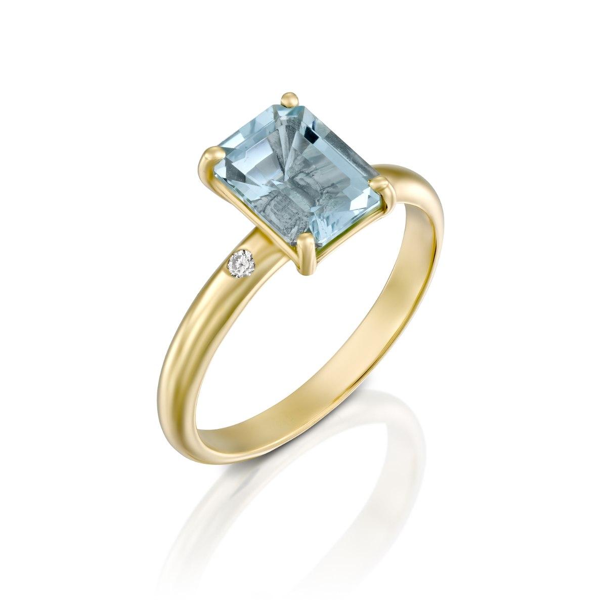 טבעת זהב קלאסית משובצת אקוומרין ויהלומים נועה טריפ noa tripp