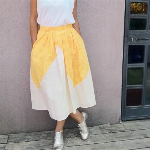 חצאית  צהובה מהממת  מידה M
