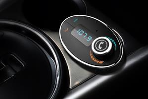 משדר fm מקצועי דגם t9 לרכב+נגן mp3