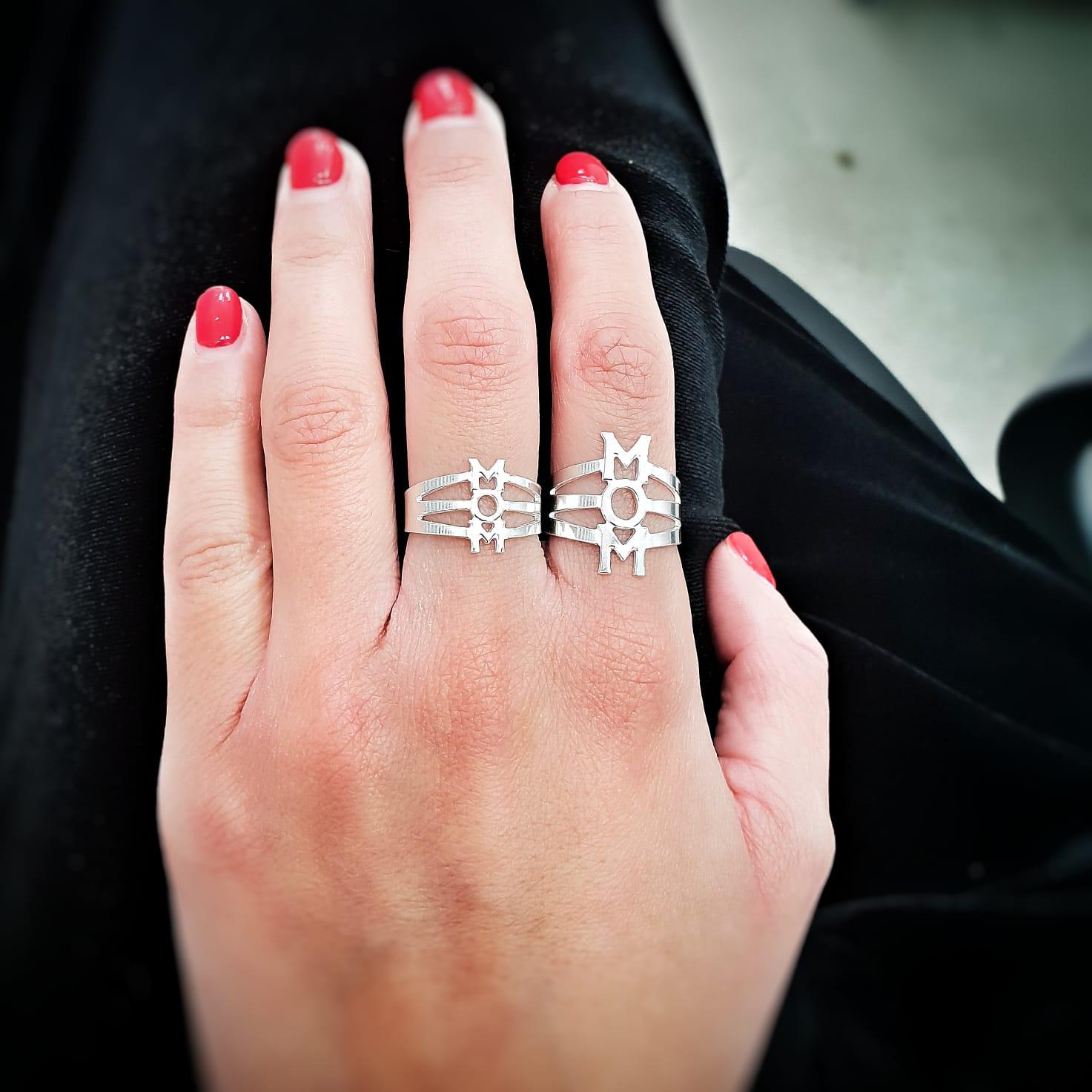 טבעת MOM גדולה כסף 925/גולדפילד