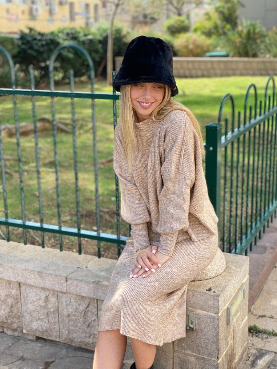 חליפת סריג חצאית דגם קייט