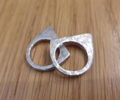 טבעת שפיץ מרוקעת