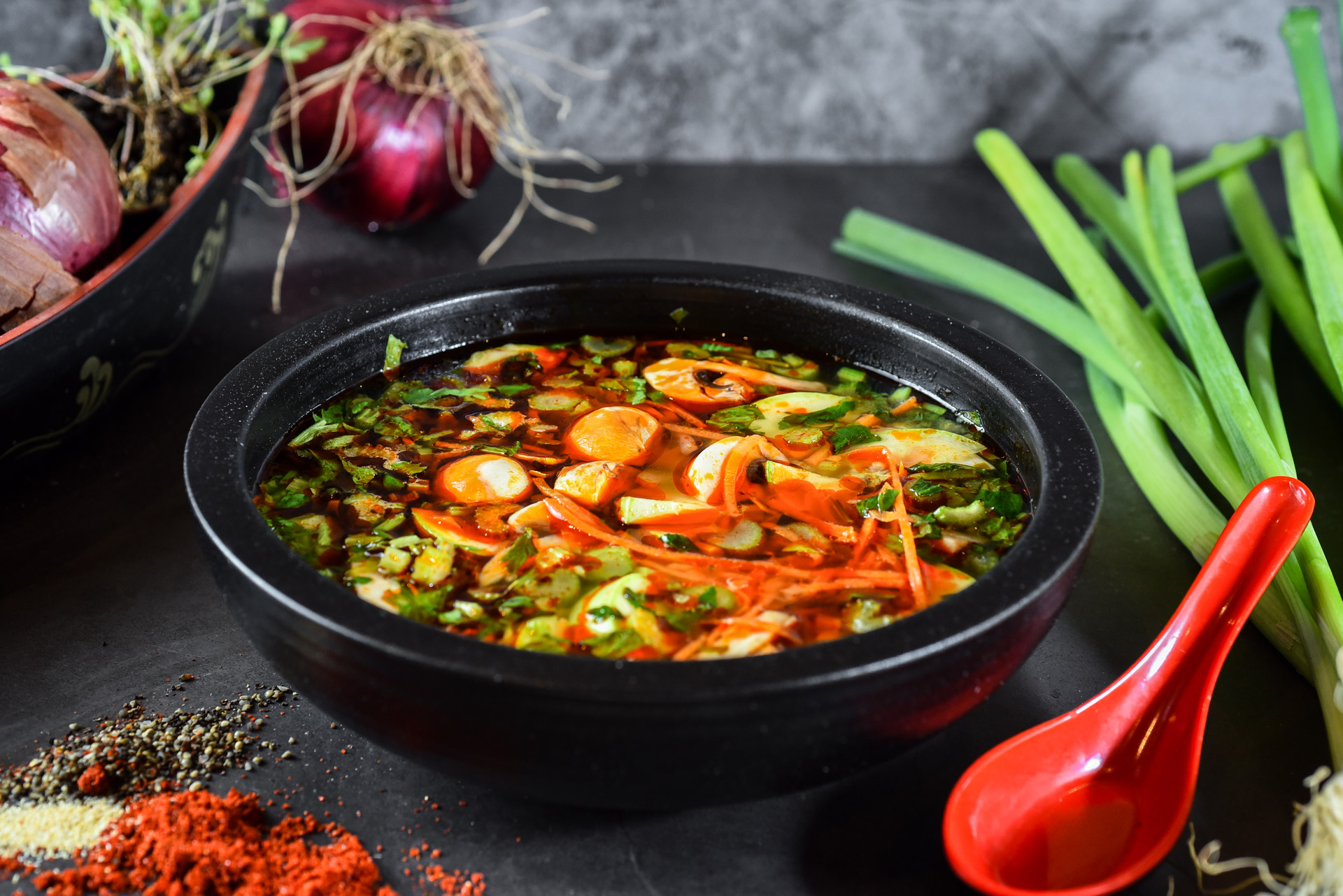 מרק טום יאם ירקות אישי