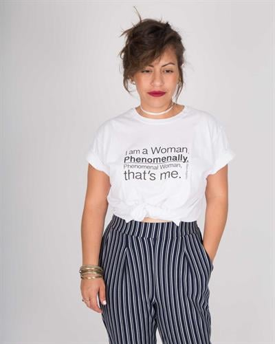 חולצת טי שירט יוניסקס לבנה I'm a woman