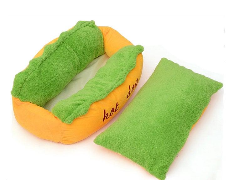 מיטת נקניקיה לחיית המחמד
