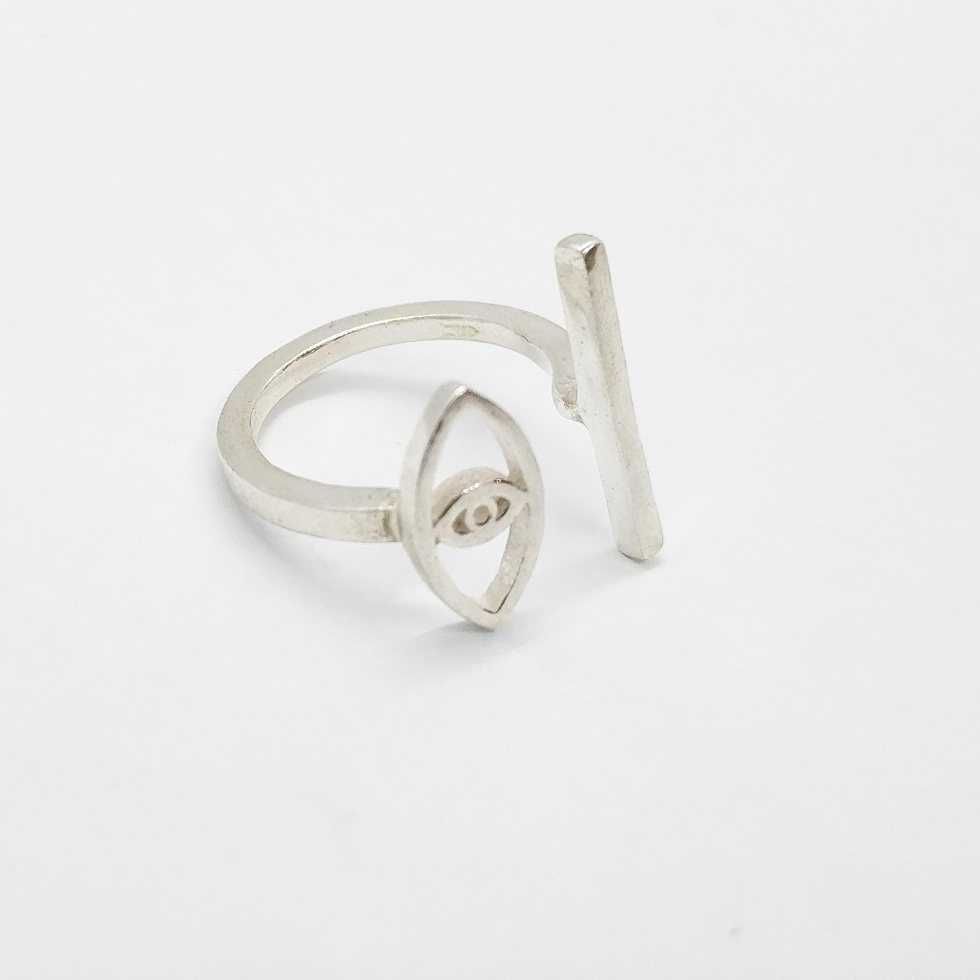 טבעת עין פס כסף