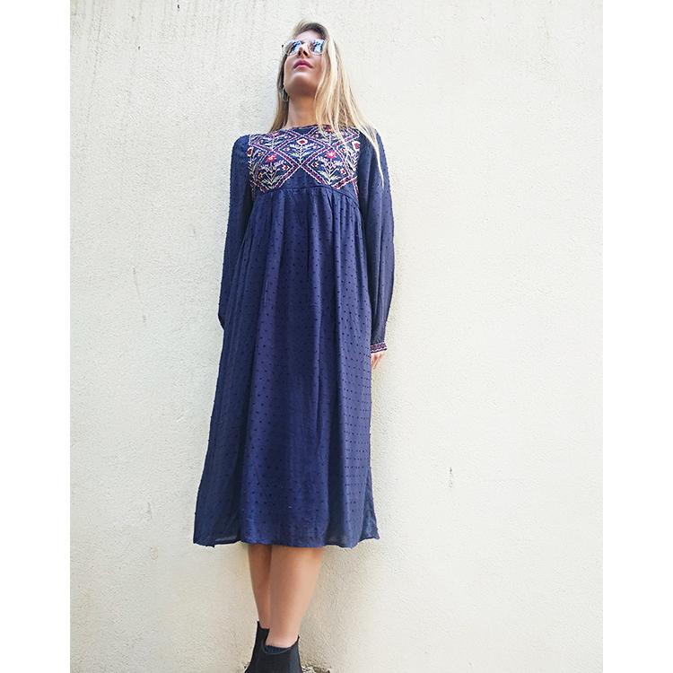 שמלת רבקה רקומה