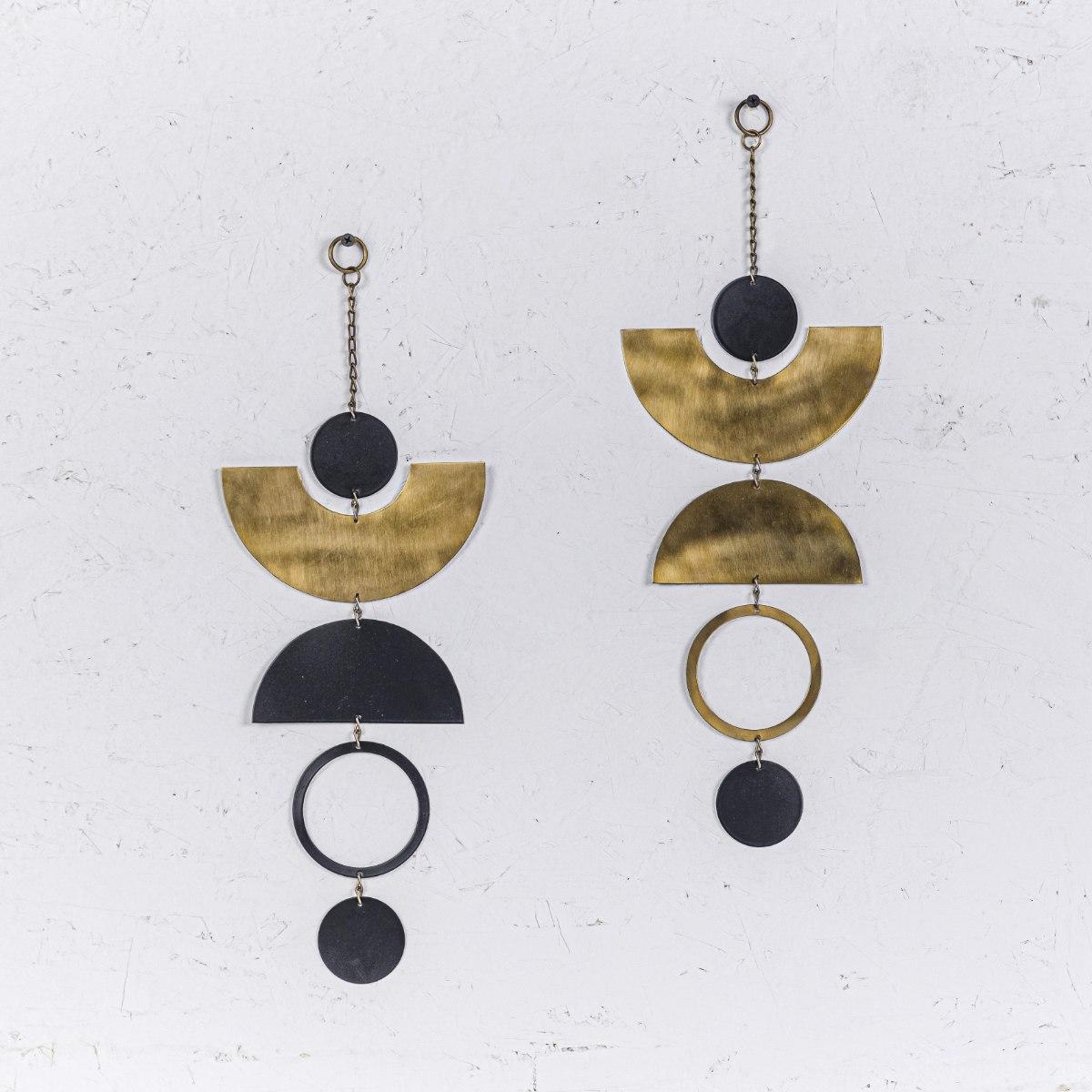 זוג קישוט מתכת לקיר - קשתות ועיגולים (זהב ושחור)
