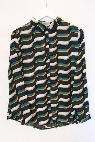 חולצה מכופתרת גלים
