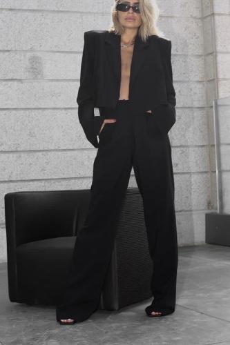 מכנס טריפל שחור