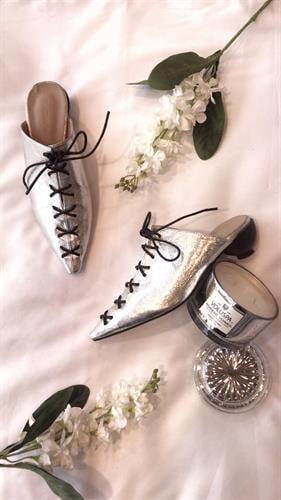 נעלי ג'יין סילבר