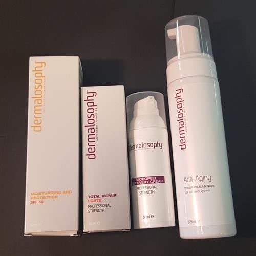 ערכת חידוש עור ועיכוב הליכי הזדקנות העור (אנטיאייג'ינג) פורטה
