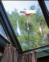"""מנקה חלונות, סחבת ניקוי 35 ס""""מ תוצרת גרמניה כולל זוית"""