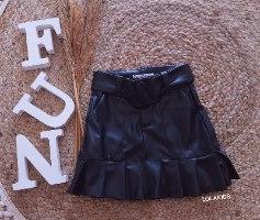 חצאית במראה עור דגם 1279
