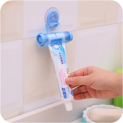 מתלה סוחט משחת שיניים
