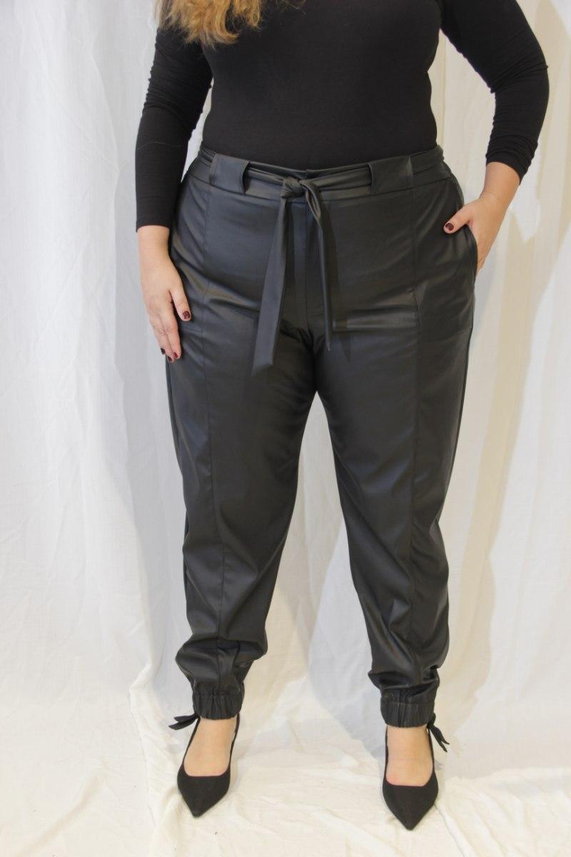 מכנסיי נורמן דמוי עור שחור