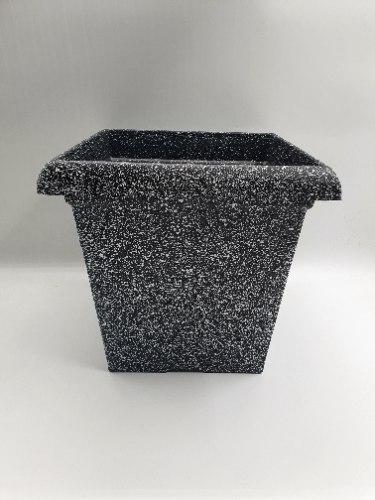 עציץ פלסטיק דמוי אבן מרובע מידות 26X27