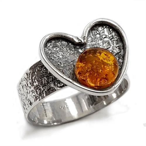 טבעת מכסף בצורת לב משובצת ענבר  RG5551 | תכשיטי כסף 925 | טבעות עם פנינה