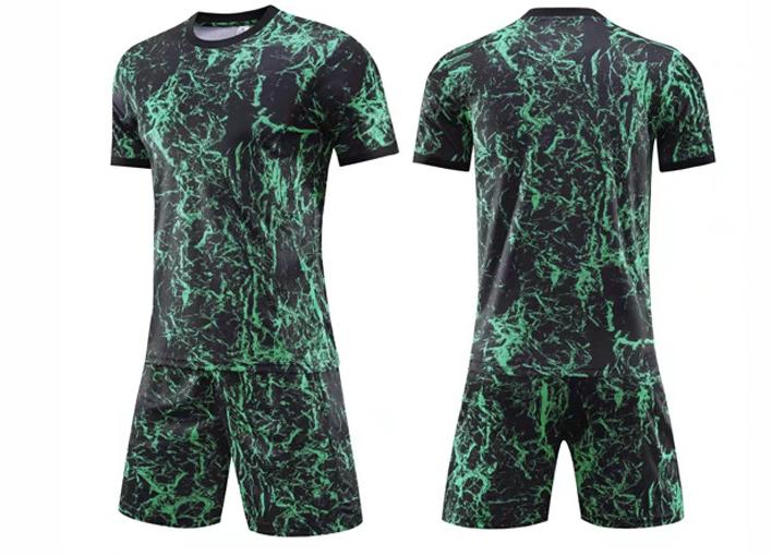 חליפת כדורגל צבע ירוק שחור (לוגו+ספונסר שלכם)